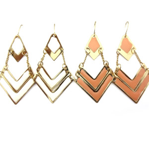 2piece white/pink Bohemian Enamel Gold Tone Geometrical Dangle Earring E-2025
