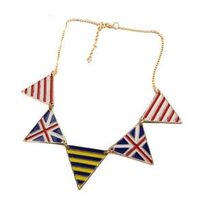 N-4542 New Enamel British UK Flag Triangle Charms Gold Tone Choker Necklace
