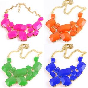 N-4252 New Fashion Chunky Charming Gold Tone Metal Candy Resin Gem Bib Necklace