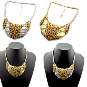 N-1767 Hot New Chunky Snake Chain Leopard Design Metal Collar Bib Necklace