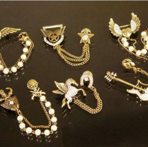 P-0040 New Lovely Charming Vintage Style Bronze Pirate Medal Guitar Fly Horse  Brooch