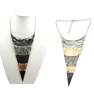 N-4509 New Punk Silver Gold Black Gun Black Pieces Triangle Choker Necklace
