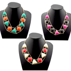N-0798 New Bohemia Fashion Gold Metal Triangle Round  Square Resin Gem Choker Necklace