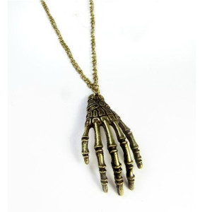 N-2755 New Vintage Style Bronze Skull Hand Claw Pendant Necklace