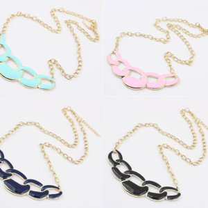 N-4588 Ladies Costume Jewelry 4 Colors Choose Enamel Hoop Golden Choker Bib Necklace