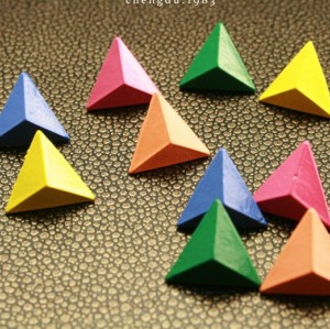 European style Pyramid three-dimensional triangle rivet ear stud E-2019