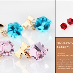 E-1504 New Fashion Charming Cute Bowknot Water Cube Crystal Ear Stud Earring