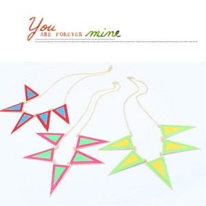N-4591 New Arrival Fashion Punk Golden Metal 2Color Enamel Triangle Necklace