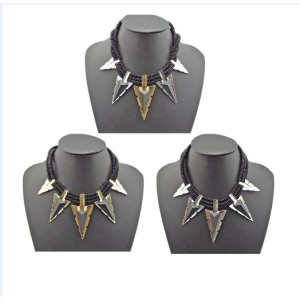 N-4767 European Style Fashion Multilay Black Beads Chains Triangle Pendant Necklace
