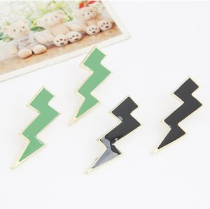 E-2031 New Punk Fashion Golden Metal Enamel Big Lifhtning Earring Ear Stud