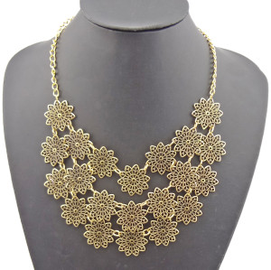 N-1873 New Arrival vintage style multilayer lace shape flower bib Necklace