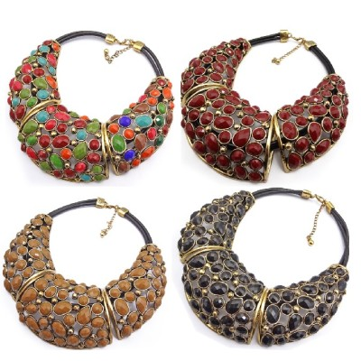 New Arrival Vintage Style Bronze Alloy Hollow Out Resin Drop Choker Necklace N-1345