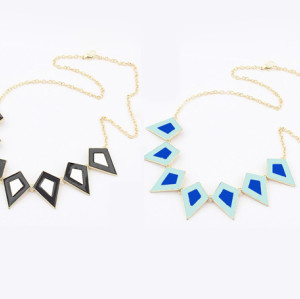 hot sale European style fashion gold Plated Enamel  Triangle Necklace N-4523