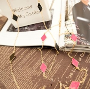 New Arrival Fashion Gold Plated Metal enamel Rhombus Long Chain Necklace N-4760