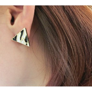 European Style Gold Plated Enamel Leopard Print Triangle ear stud E-2033