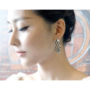 European Fashion Charming Silver Olated Metal Rhinestone Hoop Earrings E-0075