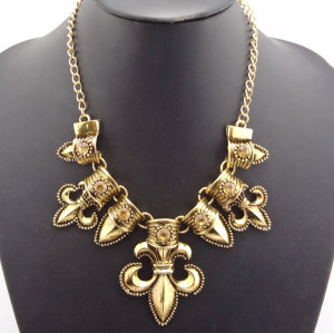 Vintage Style Gold Plated Alloy Rhinestone Stone  Anchor Necklace N-1775