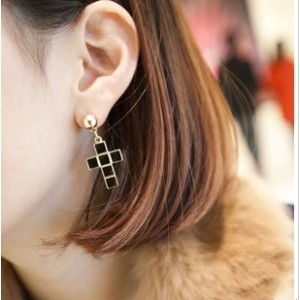 New European Punk Style Enamel Cross Dangling Ear Stund Earring E-0282