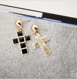 New European Punk Style Enamel Cross Dangling Ear Stund Earring E-0282