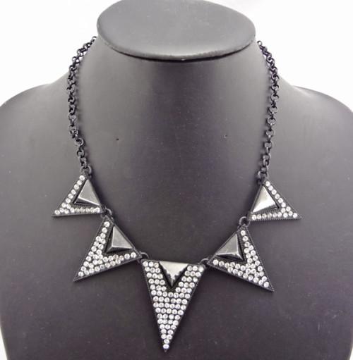European Style Ladies Yellow/Gun Black/Silver Rhinestone Triangle Charms Necklace N-4761