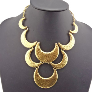 New Arrival Bronze Alloy Crescent Choker Necklace N-1769