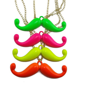 New Arrival European Style Gold Plated Alloy Colorful Enamel Beard Pendant Necklace N-2785