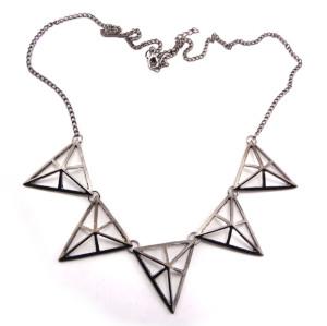 European Style Ladies Bronze/Gun Black Hollow-out Triangle Pendant Necklace N-4583