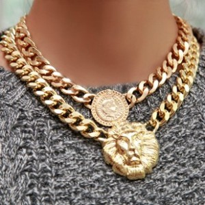 New European Style HIgh Quality Gold Plated Alloy Link Queen Avatar Choker Necklace N-3302