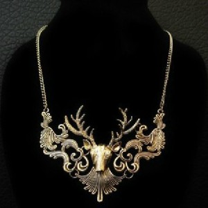 New European Style Vintage Bronze Hollow Out Deer Head Choker Necklace N-3284