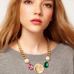 New European Style Fashion Gold Metal Colorful Gem Lion Head Pendant Necklace N-3299