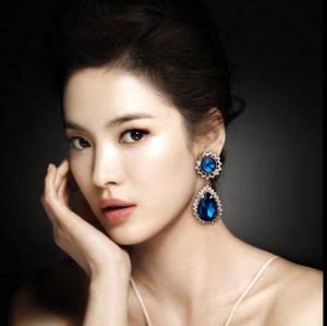 New Fashion European Style Gold Plated Alloy Blue Crystal Drop Rhinestone Ear Stud E-0279