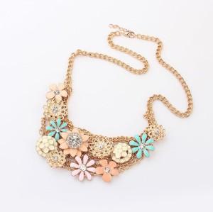 Lovely Fashion Charming Golden Metal Enamel Daisy Flower Rhinestone Choker  Necklace N-0156