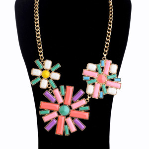 New  charming gold plated resin colorful gem flower choker necklace N0160