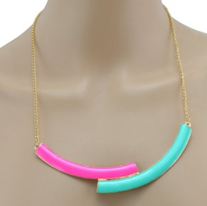 New Charming Gold Plated Alloy Enamel Crescent Choker Necklace N-4606