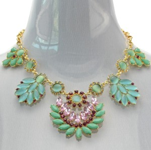 New Arrival  Bohemia Style Gold Plated rhinestone crystal gem opal leaves flower Necklace N-3032