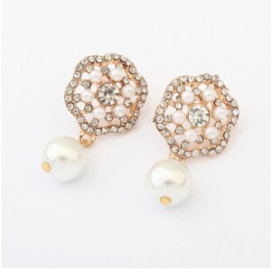 New Fashion Korean Style Gold Plated Tone Rhinestone Pearl  Flower Ear Stud Earrings E-2101