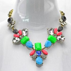 New Arrival vintage style bronze alloy faux gem crystal  drop flower  choker necklace N-3044