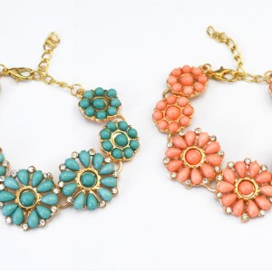 New Korean Style gold Plated Ally clear rhinestone resin gem flower bracelet adjustable 2 colors B-0312