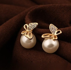 E-1689 Grace Korean  Delicate Gold Plated Alloy Butteryfly Rhinestone Pearl Stud Earrings