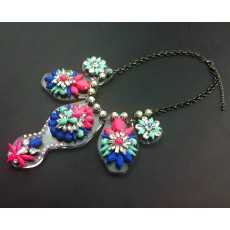 N-3071 Fashion Europe Style Jewelry clear acrylic colorful resin gem flower crystal star  necklace