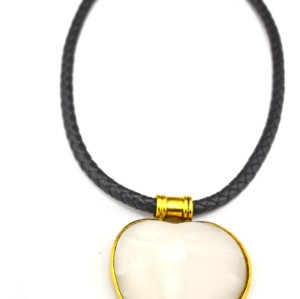 N-4864 European Vintage Style Gold Metal  Black Leather Chain Resin Heart Pendant Necklace