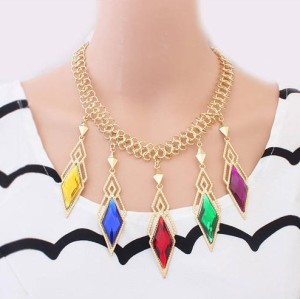 N-4279 New Arrival  Fashion CharmingGold Plated Metal Colorful Rhombus Crystal Pendant Necklace