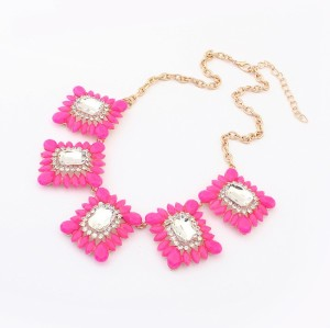 N-3507 New Arrival Charming Square Resin Gem Crystal Flower Pendant  Necklace