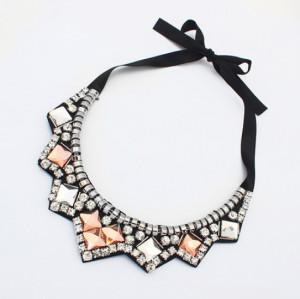 N-3523 New Arrival European Square Crystal Rhinestone Black Silk Chains Geometry Pendant Collar Necklace