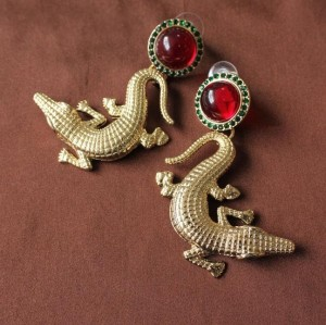 E-3013Fashion European Style Gold Plated Alloy Red Crystal Green Rhinestone Crocodile Gecko Dangle Ear Stud Earrings