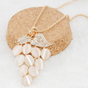 N-3601 Fashion Korea Style Gold Plated Alloy Rhinestone Opal Fruit Grape Pendant Necklace