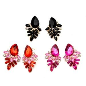 E-2320 Korea Style Gold Plated Alloy Colour Crystal Rhinestone Drop Leaves Stud Earrings