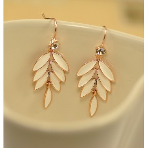 E-3069 Korea Style Gold Plated Alloy Clear Rhinestone Enamel Leaves Stus Earrings