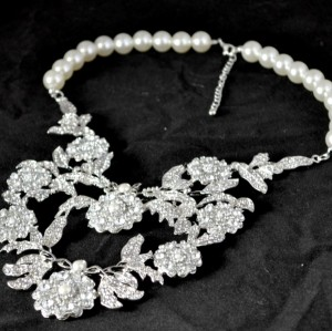 N-3759 Fashion style silver plated alloy pearl chain rhinestone leaves connected choker necklace for wedding occasion