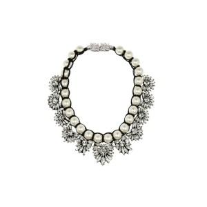 N-3771 European Style All-match vintage white pearl chain handmade knitted flower pendant  Necklace